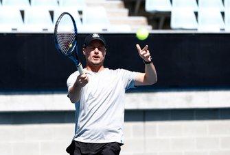 Lleyton Hewitt, Lance Stroll, Racing Point ile tenis oynuyor