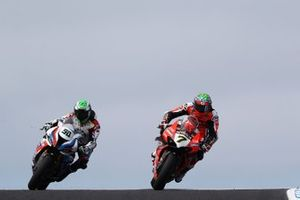 Eugene Laverty, BMW Motorrad WorldSBK Team, Chaz Davies, ARUBA.IT Racing Ducati