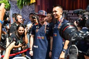 Max Verstappen, Red Bull Racing and Alex Albon, Red Bull Racing eat taco's