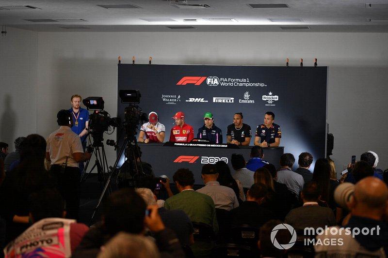 Antonio Giovinazzi, Alfa Romeo Racing, Sebastian Vettel, Ferrari, Sergio Perez, Racing Point, Lewis Hamilton, Mercedes AMG F1 e Alex Albon, Red Bull Racing, in conferenza stampa