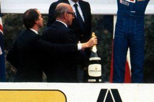 Winners Champagne bottle