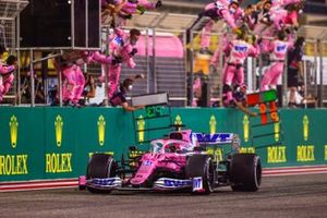 Le vainqueur Sergio Perez, Racing Point RP20