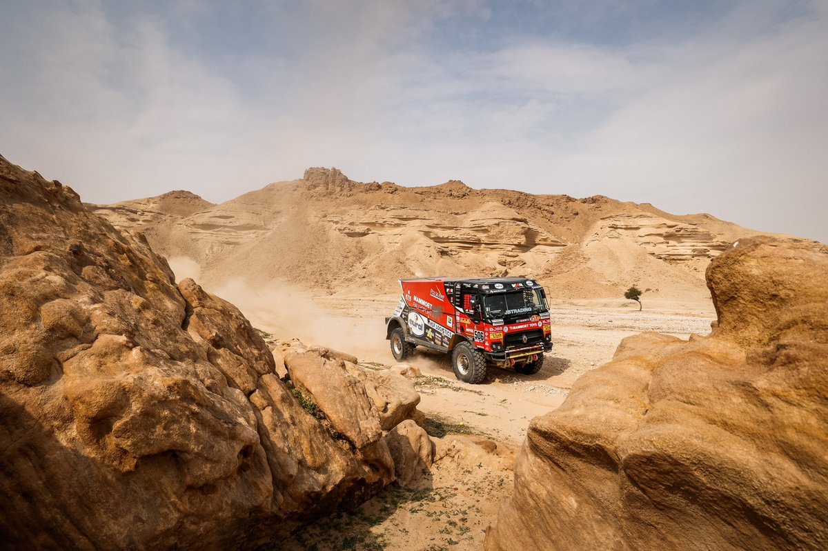 #506 Mammoet Rallysport Renault Trucks: Martin Van Den Brink, Wouter De Graaff, Daniel Kozlovsky