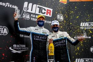 Yann Ehrlacher, Cyan Racing Lynk & Co 03 TCR, Santiago Urrutia, Cyan Performance Lynk & Co 03 TCR