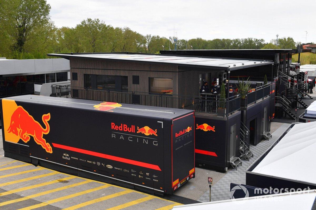 El motorhome de Red Bull Racing
