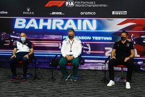 Franz Tost, Team Principal, AlphaTauri, Otmar Szafnauer, Team Principal and CEO, Aston Martin F1, and Marcin Budkowski, Executive Director, Alpine F1, in the press conference