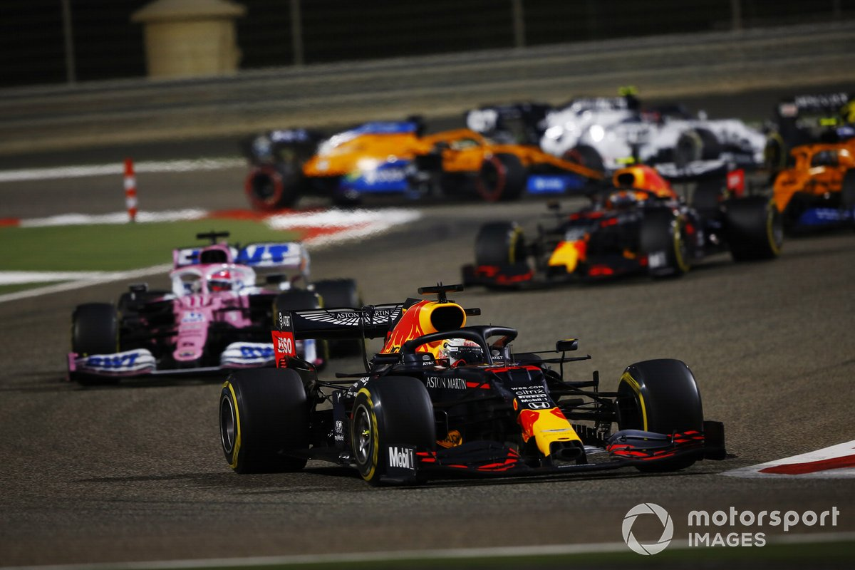 Max Verstappen, Red Bull Racing RB16, Sergio Pérez, Racing Point RP20, Alex Albon, Red Bull Racing RB16