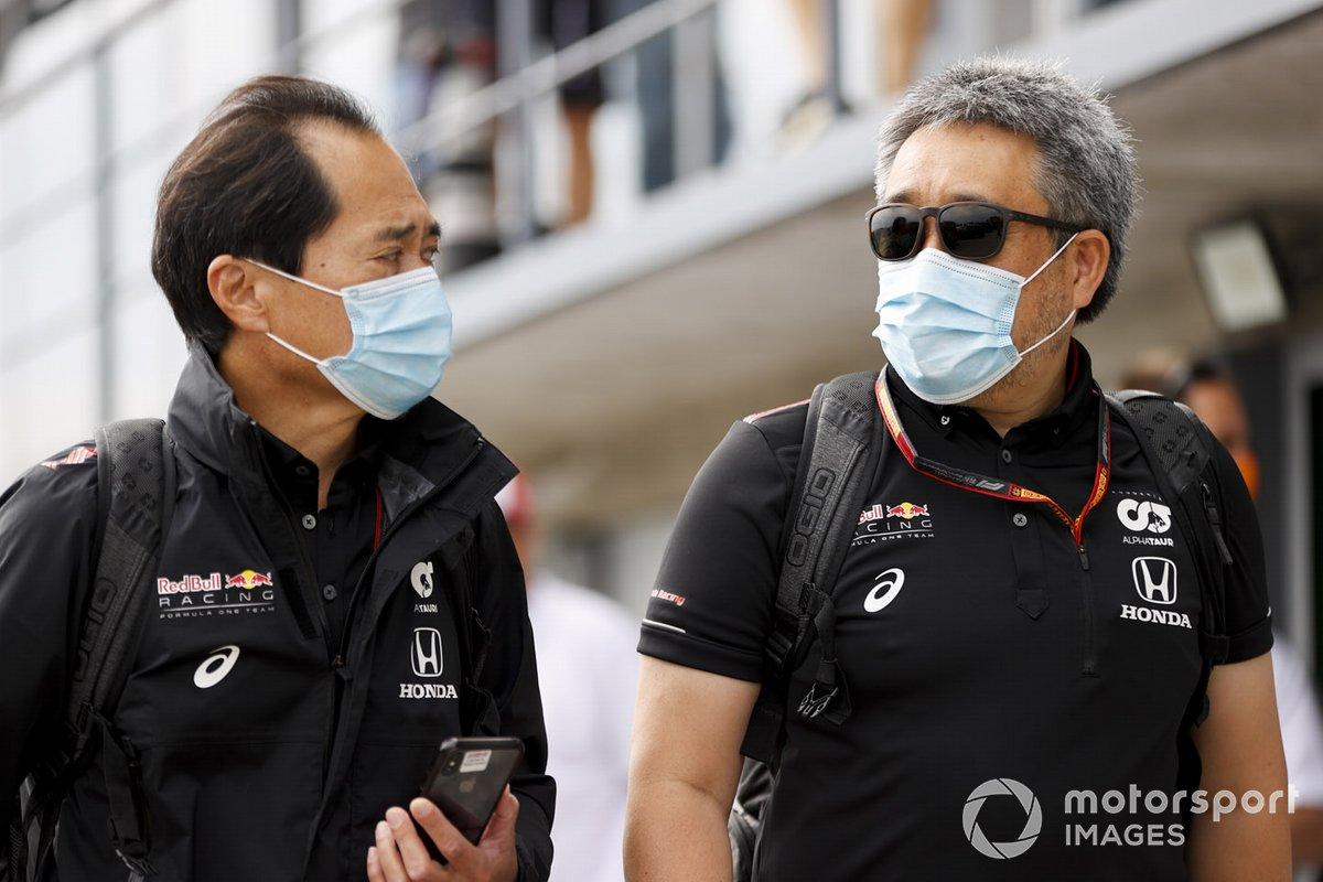 Toyoharu Tanabe, F1 Technical Director, Honda and Masashi Yamamoto, General Manager, Honda Motorsport arrive