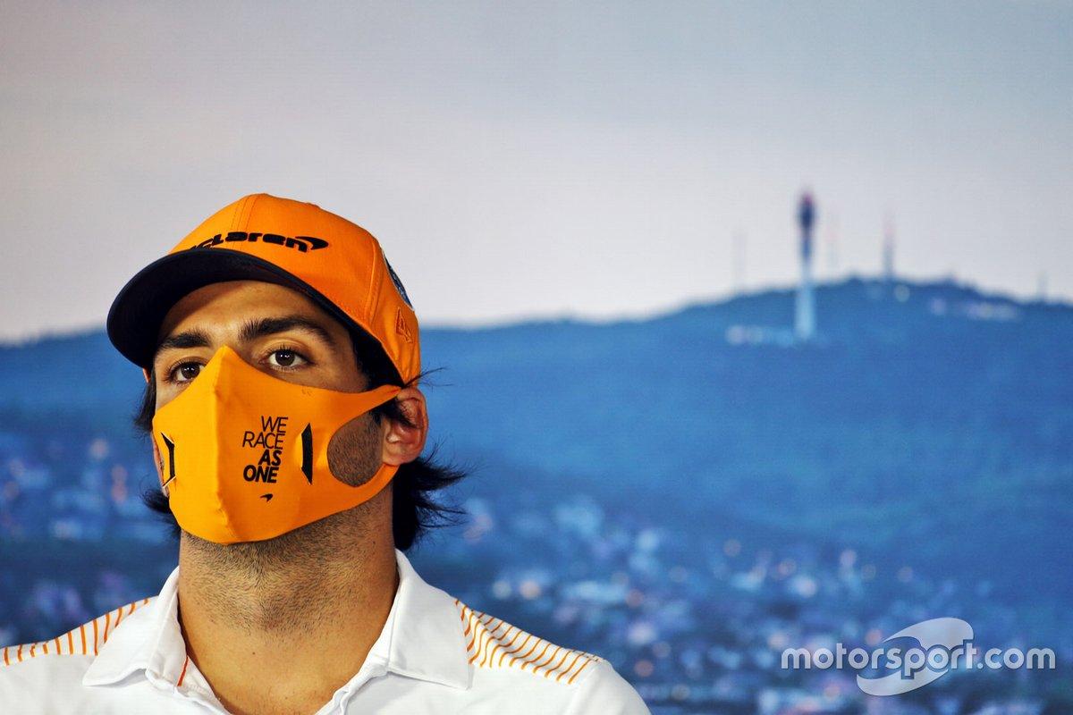 Carlos Sainz Jr., McLaren in the press conference