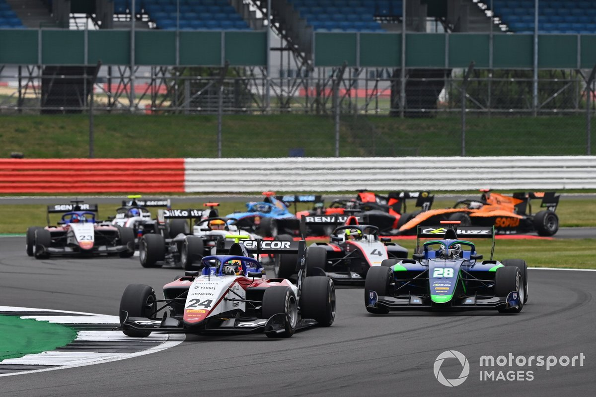 Frederik Vesti, Prema Racing, y Cameron Das, Carlin