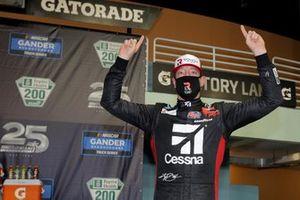 Ganador Kyle Busch, Kyle Busch Motorsports Toyota