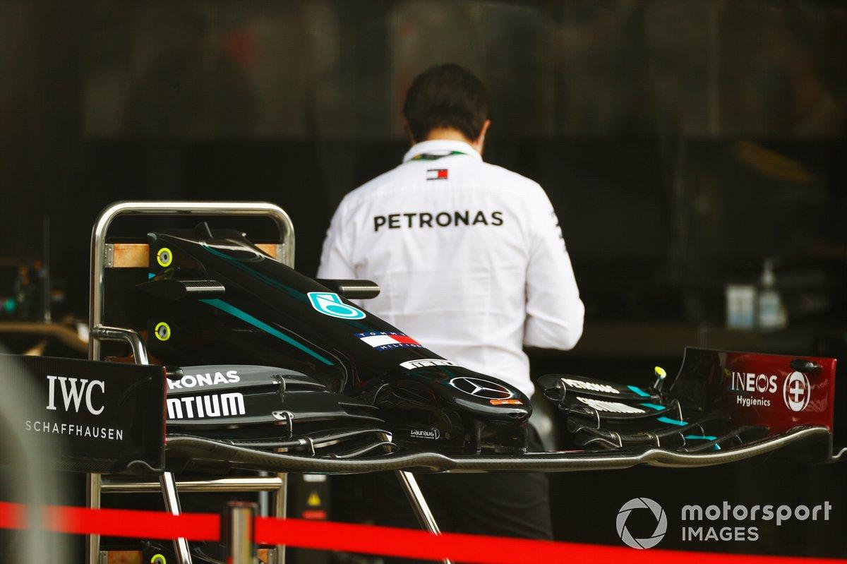 Detalle delantero del Mercedes F1 W11