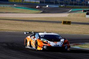 #81 GRT Grasser Racing Team Lamborghini Huracán GT3 Evo: Steijn Schothorst, Tim Zimmermann