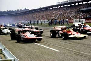 Jochen Rindt, Lotus 72C Ford, Jo Siffert, March 701 Ford y Chris Amon, March 701 Ford al inicio