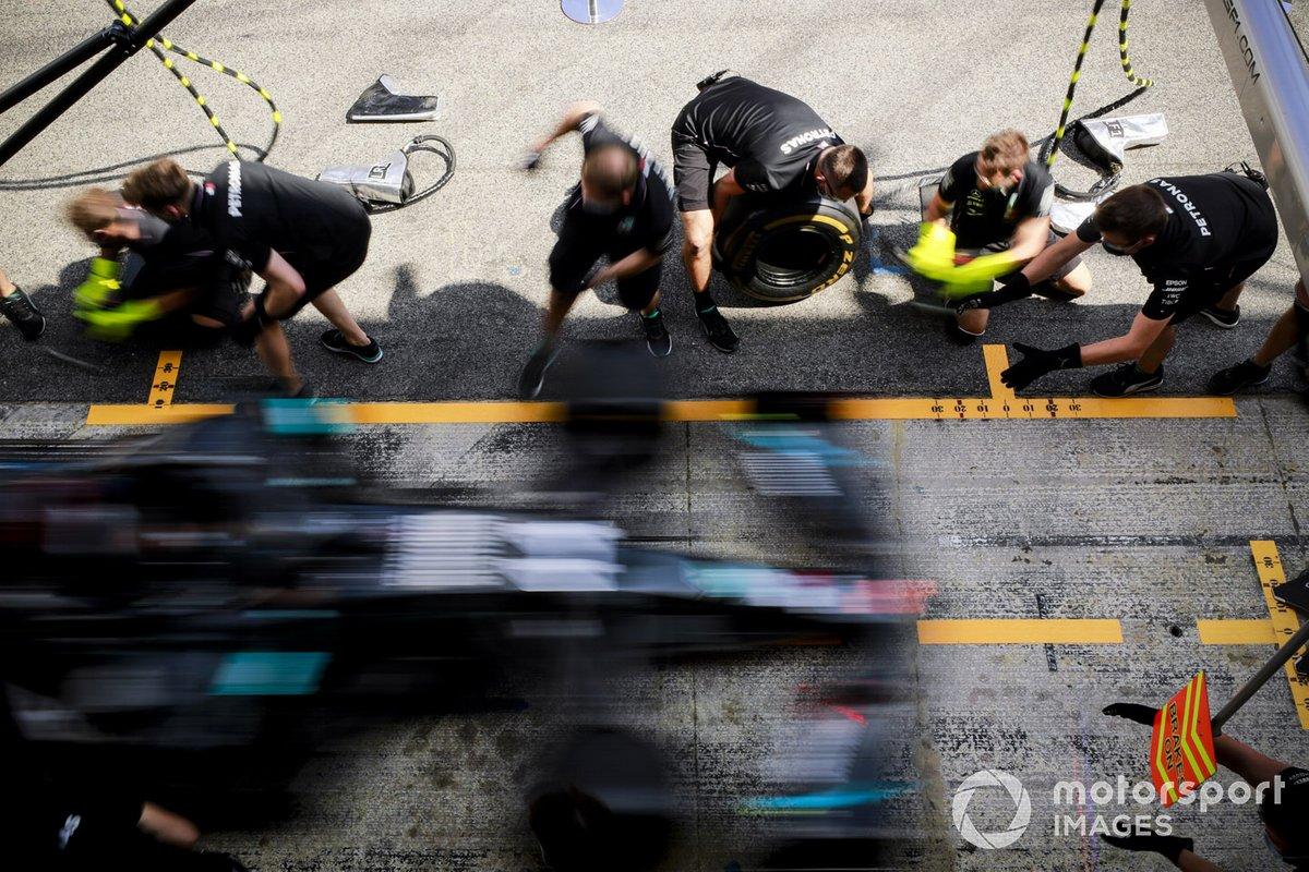 Mercedes-AMG Petronas F1, practica una pit stop