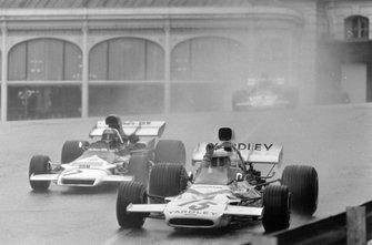 Brian Redman, McLaren M19A Ford, Jean-Pierre Beltoise, BRM P160B