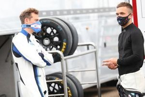 Stephen Jelley, Team Parker Racing BMW and Colin Turkington, Team BMW BMW 330i M Sport