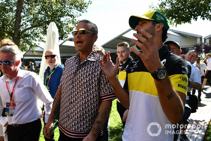 Robbie Williams y Daniel Ricciardo, Renault F1 Team