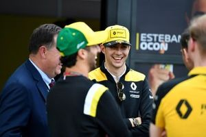 Esteban Ocon, Renault F1 and Daniel Ricciardo, Renault F1 in the paddock