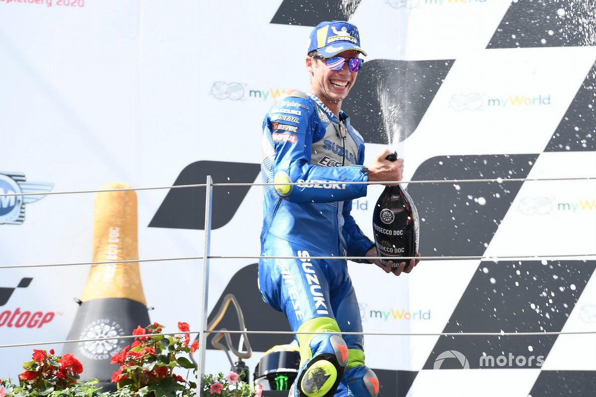 Podio: segundo lugar Joan Mir, Team Suzuki MotoGPMiller, Pramac Racing