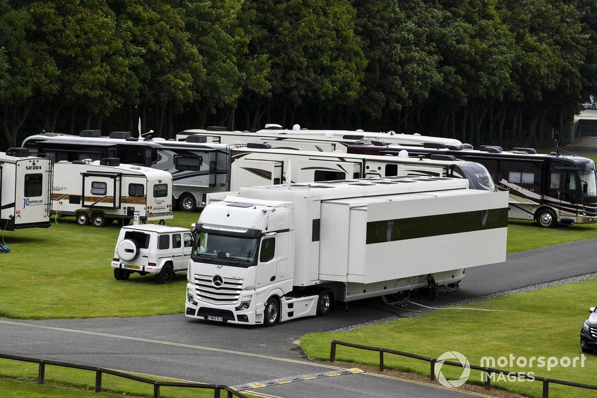 Motorhome de Lewis Hamilton, Mercedes-AMG F1