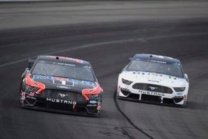 Clint Bowyer, Stewart-Haas Racing, Ford Mustang, Kevin Harvick, Stewart-Haas Racing, Ford Mustang