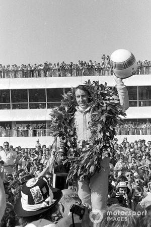 Il vincitore della gara Jackie Stewart, Tyrrell 003 Ford, GP di Francia del 1971