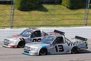 Grant Enfinger, ThorSport Racing, Ford F-150 Protect the Harvest/Curb Records and Johnny Sauter, ThorSport Racing, Ford F-150 Tenda