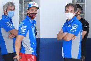 Алекс Ринс, Team Suzuki MotoGP, с главой команды Давиде Бривио