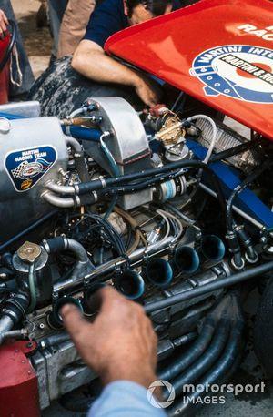 Detalle del motor del Tecno PA123 de Nanni Galli