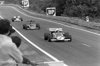 Jacky Ickx, Ferrari 312B2 leads Emerson Fittipaldi, Lotus 72D Ford and Ronnie Peterson, March 721G Ford