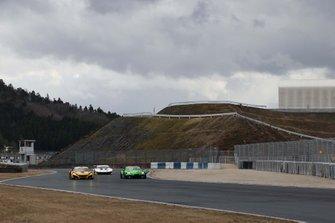 #18 UPGARAGE NSX GT3, #52 SAITAMATOYOPET GB GR Supra GT
