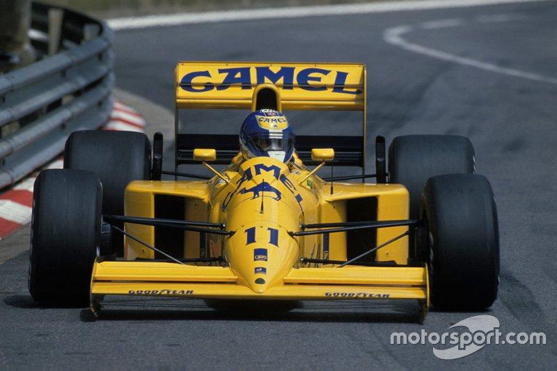 #11: Derek Warwick (Lotus)