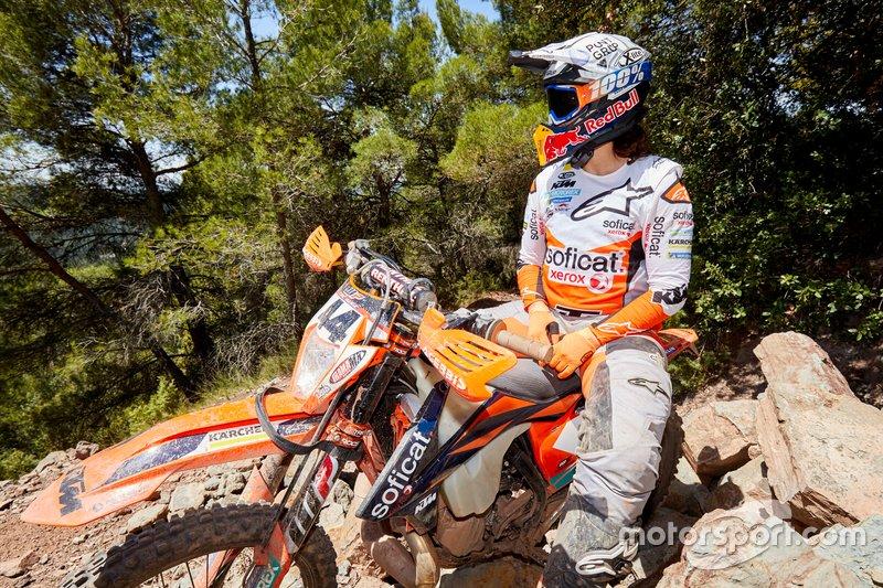 Laia Sanz, KTM, entrenando para el Erzberg Rodeo