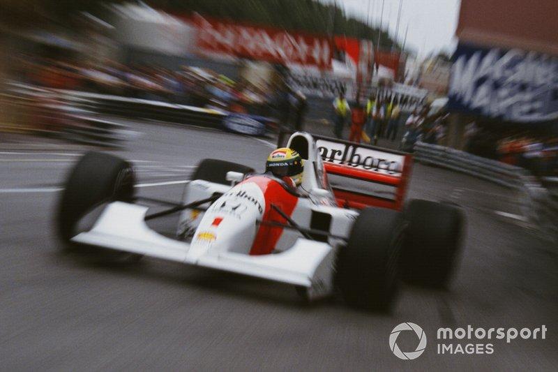 Poles: Ayrton Senna 40%