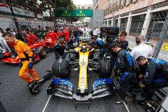 Lando Norris, McLaren MCL34, on the grid