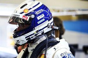 #81 BMW Team MTEK BMW M8 GTE: Martin Tomczyk