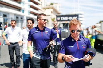 Sam Bird, Envision Virgin Racing, on a track walk