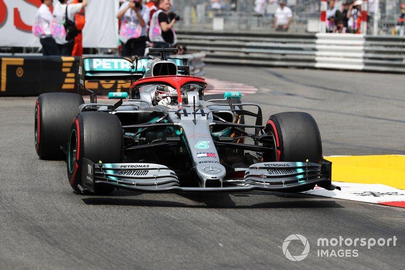 2019 - Lewis Hamilton triunfa em Mônaco em meio a homenagens a Niki Lauda