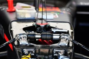 Suspension details on the Red Bull Racing RB15