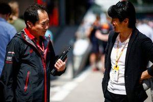 Технический директор Honda F1 Тойохару Танабе и бывший пилот Ф1 Синдзи Накано