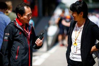Toyoharu Tanabe, F1 Technical Director, Honda and Shinji Nakano, Ex F1 driver