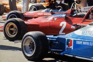 Jacky Ickx's Ferrari 312B nella corsia dei box