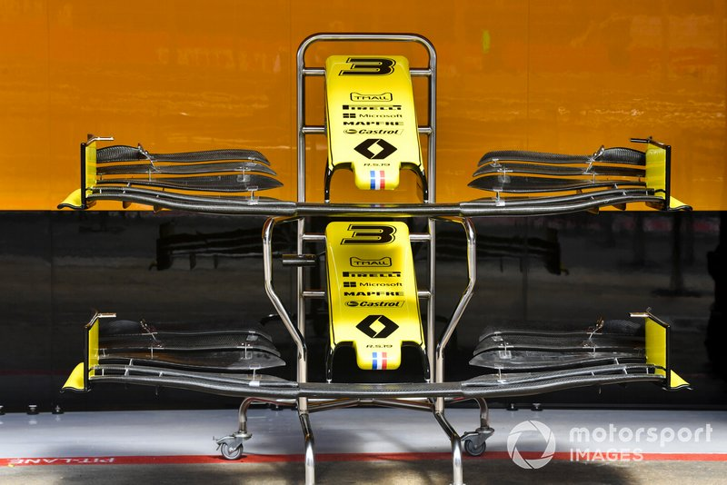 Renault R.S.19 front wing