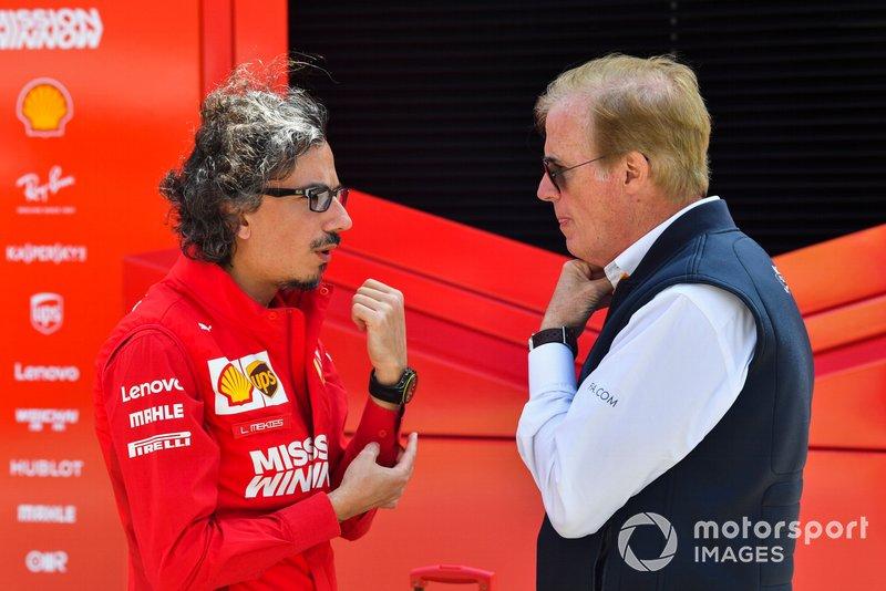 Laurent Mekies, Ferrari y Danny Sullivan, comisario de la FIA