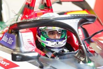 Lucas Di Grassi, Audi Sport ABT Schaeffler, in the garage