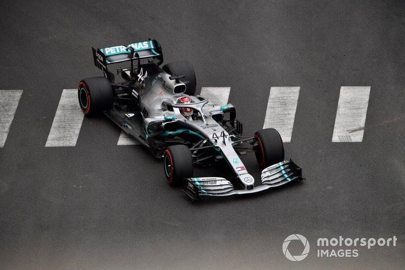 Lewis Hamilton pode igualar este número no domingo. Atualmente ele venceu em seis ocasiões: 2007, 2010, 2012, 2015, 2016 e 2017.