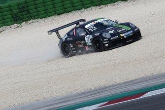 Moritz Sager, Dinamic Motorsport, nella ghiaia