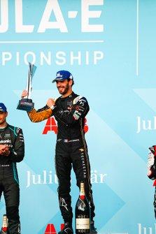 Jean-Eric Vergne, DS TECHEETAH celebrates victory on the podium