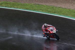Chaz Davies, Aruba.it Racing-Ducati Team on wet assessment laps